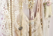 PEARLS & LACES