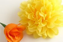 crepe paper art / Making flowers with crepe paper