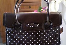 What's in my bag: cosa c'è nelle borse delle redattrici di Milady