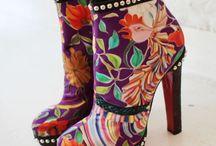 Weird Shoes Only I Would Like / by Kristen Zebley-Bossert