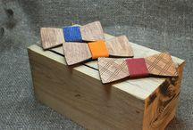 Галстуки-бабочки YOMKO / Деревянные бабочки-галстуки созданы для смелых решений и особых случаев. Каждое изделие авторское и единственное в своем роде. Вы можете подобрать комплект для всей семьи, или приобрести парный набор. Мужские и женские бабочки YOMKO выполнены в эко-стиле с учетом современных тенденций.