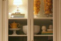 Kichen cabinet accessorizing