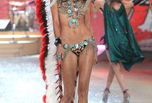 Karlie Kloss - Fashion Shows