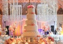 Cake table set up / by Beverly Sanz