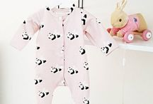 Baby girl fashion clothes | Babykleding voor meisjes / From baby girls in beanies to toddlers in tiny boots, here you can find adorable baby girl outfits.