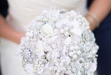 wedding bouquets w/brooches / by Vicki Smith