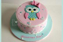 Tyttöjen kakkuja