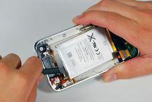 Sustitución de la batería del iPhone 3GS / Para sustituir la batería de iPhone 3GS, siga los pasos siguientes.
