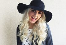 Aspyn Ovard / Probably one of my favourite YouTubers now. I also love her bleached hair :)