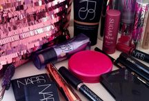 Make Me Up! / All about makeup. Makeup tips and how -to's in the beauty world! #beauty