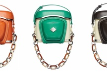 Fashion: Stylish camera bags / by Anna Berthier