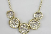 Beautiful Jewelry / Great accessories for women that sparkle and shine.