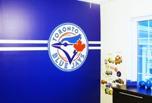 Sports Murals / Sports murals are an exciting way to decorate a bedroom, playroom or man cave.  Let your kid's imaginations run wild and have them dreaming of being a famous athlete...or just celebrate your fave team.