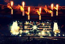 Muse (een wereldband uit Engeland, is live ook altijd geweldig goed!)