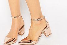 zapatillas, sandalias