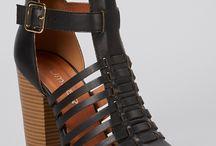 Calçados e acessórios