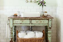 DiSStReSSeD♥CHiPPy*NeSS♥SaLVageDed DeCoR♥~ / by vikki tucker