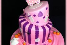 Aneshly Cakes Baby Shower Cakes / Aneshly Cake  can customize baby shower cakes to coordinate with your party's theme or colors. Our cakes can include customized toppers. More info at www.aneshlycakes.com.