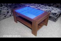 Infinity mirror table