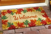 Cute Fall Home Decor and Fall Items / Cute Fall items to add some color and an autumn feeling to your home! Great for decorating for Fall.