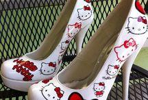Hello Kitty / by Shari Banno-Pei