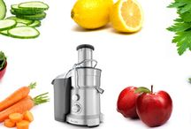Juicing / by Emily Murray