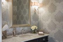 Kitchen & Bathroom Remodel | Hoffman Estates / A kitchen and bathroom remodelling project in Hoffman Estates by DESIGNfirst.