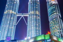 Malaysia Travel / Malaysia is an amazing country you must see once in your life. The capital Kuala Lumpur with skyscrapers and architectures will fascinate you. Enjoy your dreams vacation in this place! --- Malaezia este o țară impresionantă pe care trebuie neapărat să o vezi în viața asta. Capitala Kuala Lumpur cu zgârie-nori  și arhitecturi te vor fascina. Bucură-te de vacanța visurilor tale în acest loc! https://www.haisitu.ro/malaezia-ta129