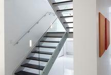 Lépcsők / .
