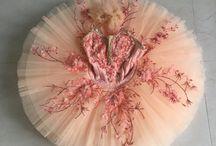 costumes ballet.