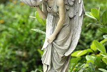 anioły i rzeźby