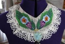 Floral Bird Collar