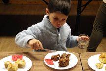 """Süteményfesztivál Derekegyház / Szeretettel várunk minden kedves édesszájú és sütni tudó-szerető érdeklődőt közelgő rendezvényünkre. A programon két kategóriában kerülnek megmérettetésre a finomságok: - diós sütemény és  - egyéb kategóriákban. Program: 15:00 – 18:00""""Minden ami süti"""" – Délutáni családi kézműves foglalkozás 16:00 – 18:00""""Sütemény kavalkád"""" 18:00 - 19:00Kulturális műsor Fellépnek: Folkográfia zenekar Semmiből Valamit Alkotócsoport  Yasmine hastánc csoport 19:00 Eredményhirdetés Helyszín: Derekegyház, IKSZT"""