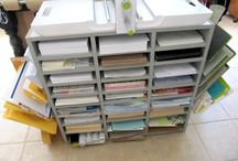 Sewing Room Inspiration and Ideas / Beautiful sewing rooms and organizational ideas