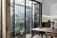vägg glas stål