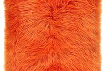 Poduszka dekoracyjna CZUPER pomarańczowy/Faux fur pillow CZUPER orange / Poduszka dekoracyjna CZUPER pomarańczowy/Faux fur pillow CZUPER orange