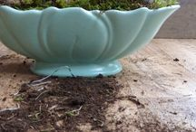 Flower Arranging Inspiration, Ideas & Tips / Simple easy Flower Arrangements using vase teacup flower foam pebbles