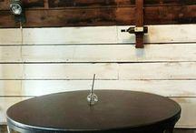 Interior / Table