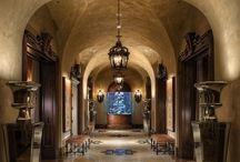 Entrances and corridors ☆ Entrate e corridoi