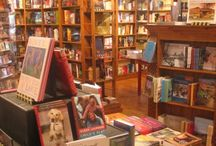 Indie Bookstore Love / Great indie bookstores around the US and Canada