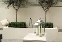 Small Modern Urban Garden / Small space zen garden for patio 4m x 4m