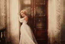 Bajki, baśnie, suknie, zamki/ Fairy tales
