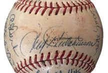 Baseballs / MLB and Softball sports memorabilia - baseballs