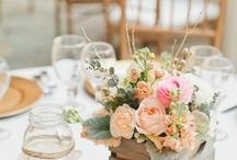 Centerpieces / Ideas for wedding centerpieces: rich image gallery of centerpieces for your wedding. Choose the centerpieces you like the most and save them on your wall. Be inspired by our selection of ideas for your wedding.