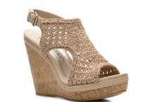 cipők , csizmák , papucsok / shoes , boots, slippers