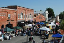 Events & Festivals / There is a celebration for every season in downtown Apex. Festivals are held year-round in this epicenter of activity.