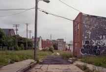 Patrick Joust / USA –   /   / 1978 – Paesaggio Urbano/Ritratto