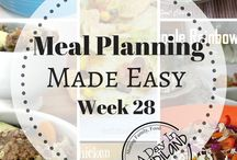 Weekly Meal Planning / A delicious weekly round-up of recipes to create throughout the week to plan your weeky meals!