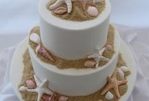 Yummies Wedding Cakes / Custom made wedding cakes created by Yummies!