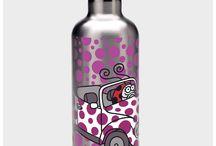 Botellas y Termos de Kukuxumusu / Kukuxumusu + Laken se morrean desde hace tiempo para hacer botellas, termos, botellas de tritán (sin ftalatos) y